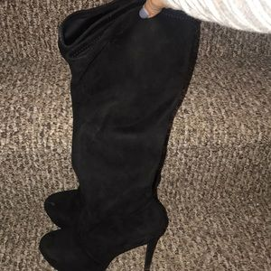 Jessica Simpson serelli boots size 5